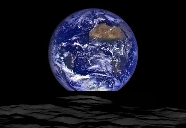 離地面多高才能看出地球是圓的?